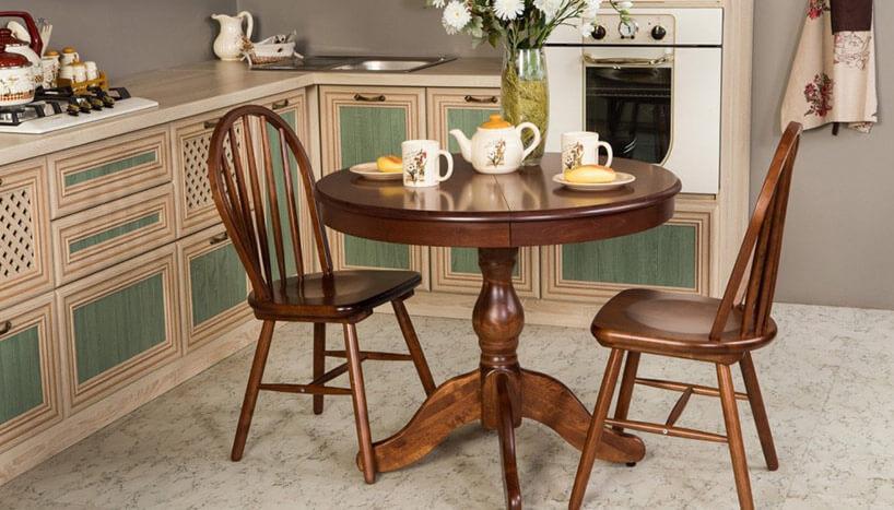 Кухня с круглым столом