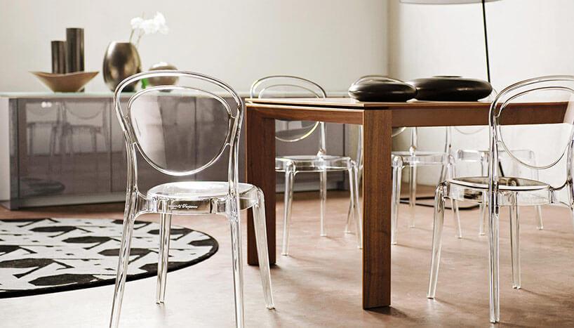 Пластиковая мебель на кухне